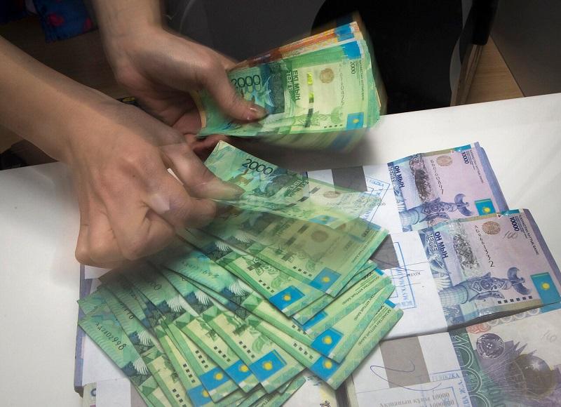 В Казахстане обменники уходят в прошлое