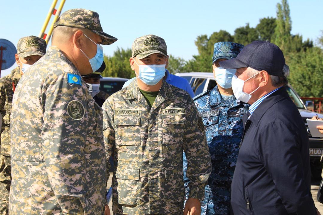 Новый министр обороны Казахстана заявил о недопустимости ошибок и просчетов в армии