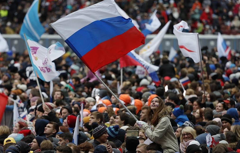 «Единая Россия» жеңісті мерекелеп жатыр