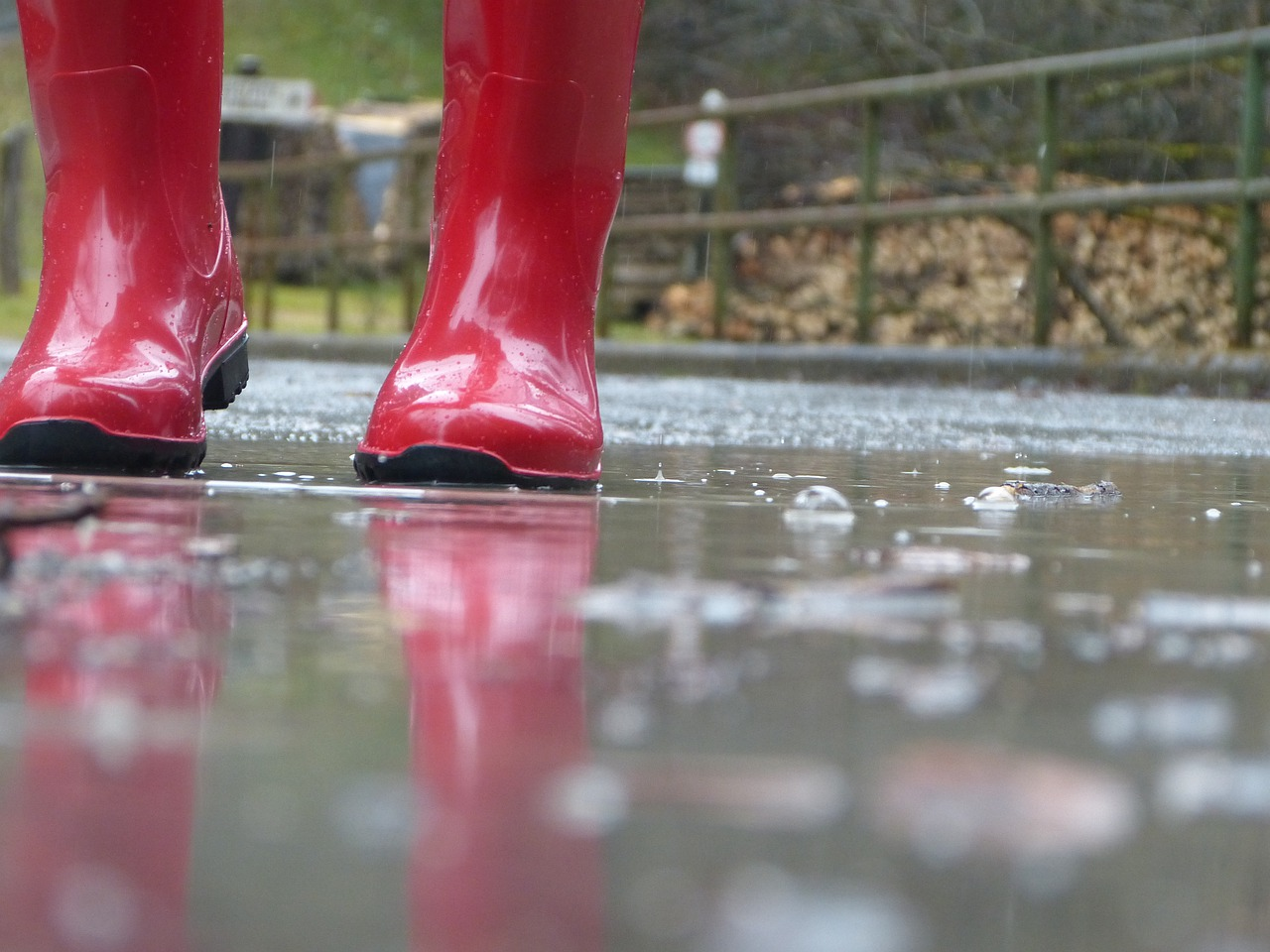 Погода в Казахстане: дожди продолжат идти на большей части страны