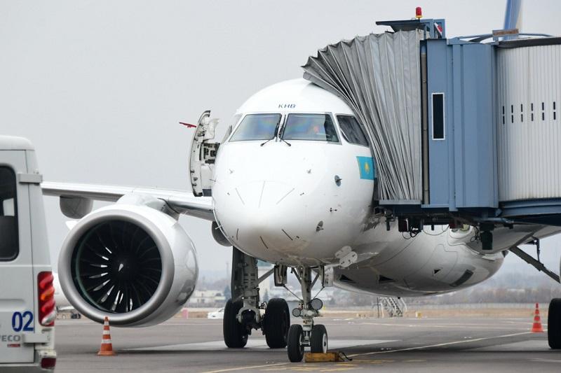 В аэропорту Алматы разъяснили правила прибытия пассажиров международными рейсами