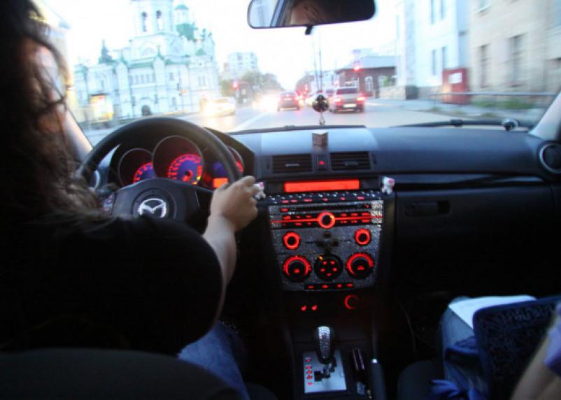 Как угнанную в Петербурге машину купили в Казахстане