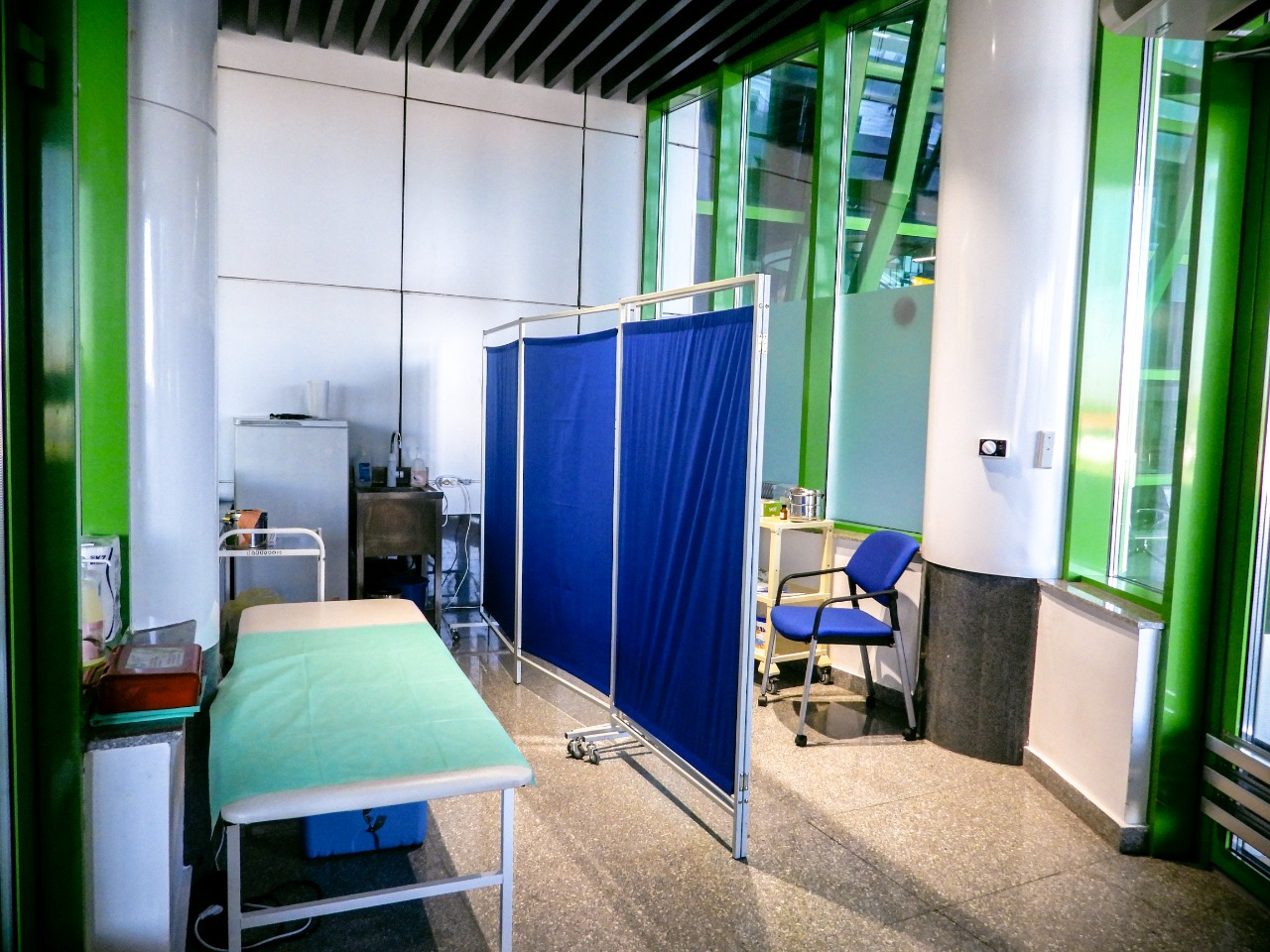 В столичном аэропорту открылся пункт вакцинации против Covid-19