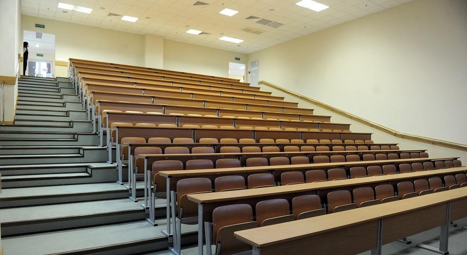 Почти 200 колледжей лишились возможности обучать по 500 специальностям