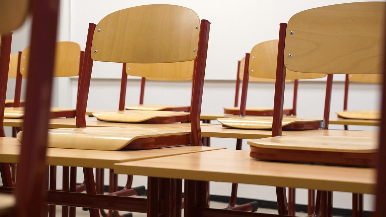 Коллектив сельской школы в СКО выступает против частного управляющего
