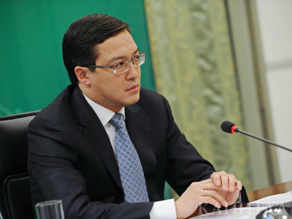 Акишев предложил программу по автокредитованию для населения