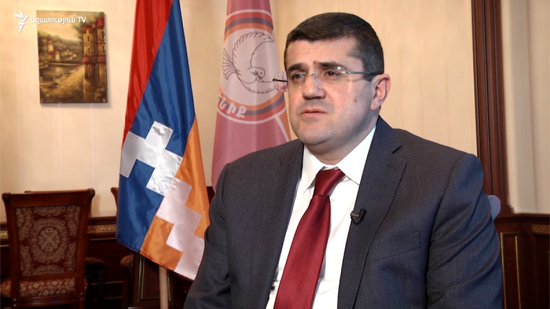 В Нагорном Карабахе объявлено военное положение и мобилизация - президент НКР