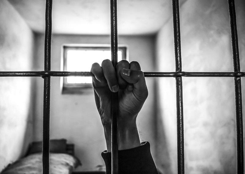 Наказание для педофилов: в Казахстане могут ввести пожизненное заключение