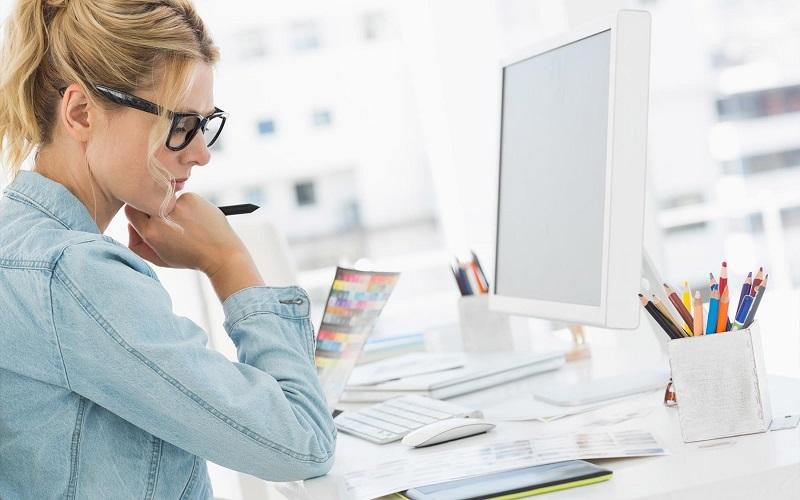 Какие профессии наиболее популярны среди женщин, рассказали в Росстате