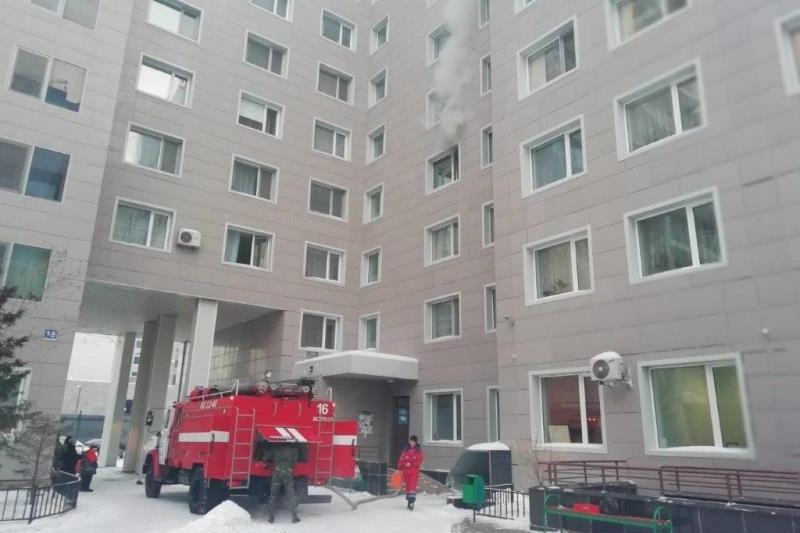 Пожар произошёл в многоэтажке в Астане: спасли 11 человек  , пожар, Астана, ЧС МВД РК