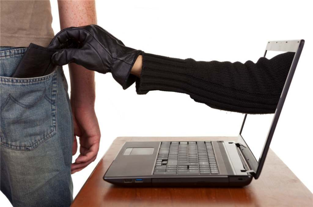 На 210 казахстанцев оформили онлайн-кредиты мошенники из Нур-Султана