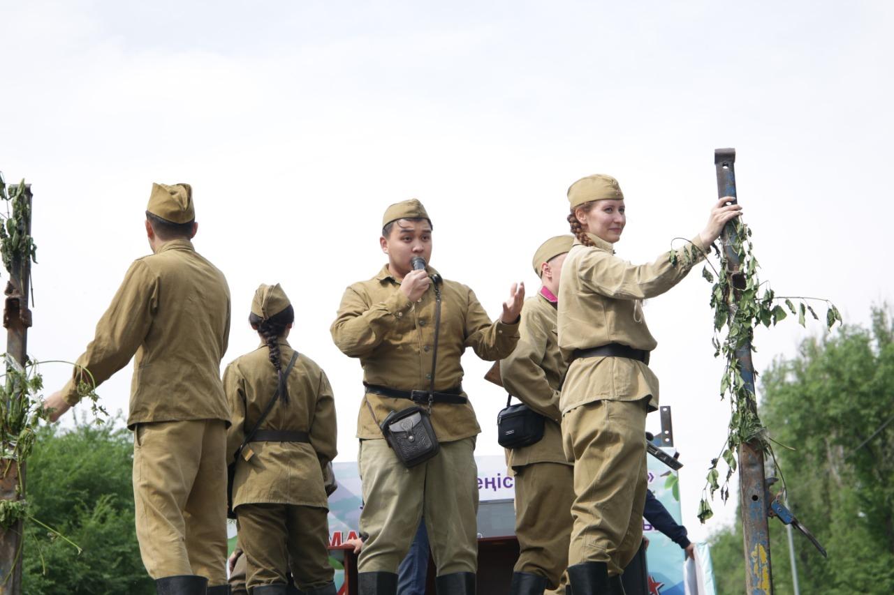 «Экипаж победы» организовали в Таразе в честь праздника