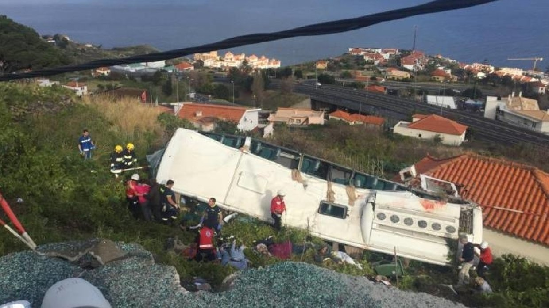 В Португалии произошла автокатастрофа с участием туристического автобуса