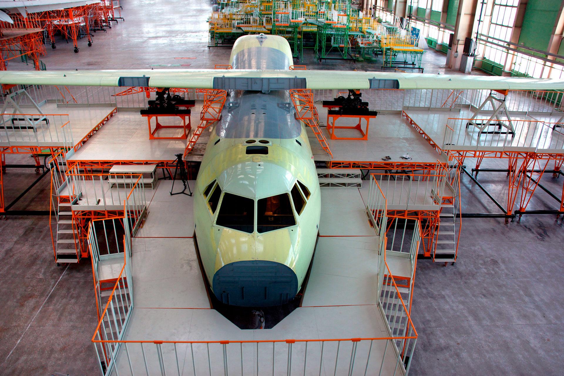 Казахстан и США обсудили проект по сборке самолётов региональной авиации