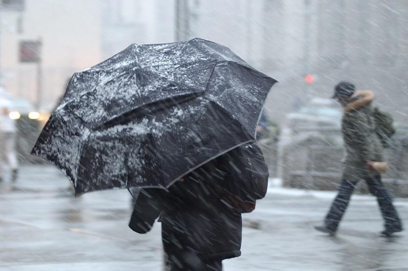 Погода в Казахстане: штормовое предупреждение объявлено в трех регионах