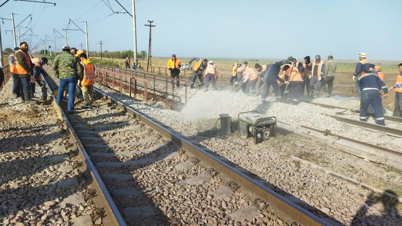 Движение поездов восстановили в Жамбылской области