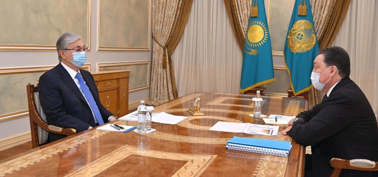 Аскар Мамин отчитался перед президентом о санитарно-эпидемиологической обстановке
