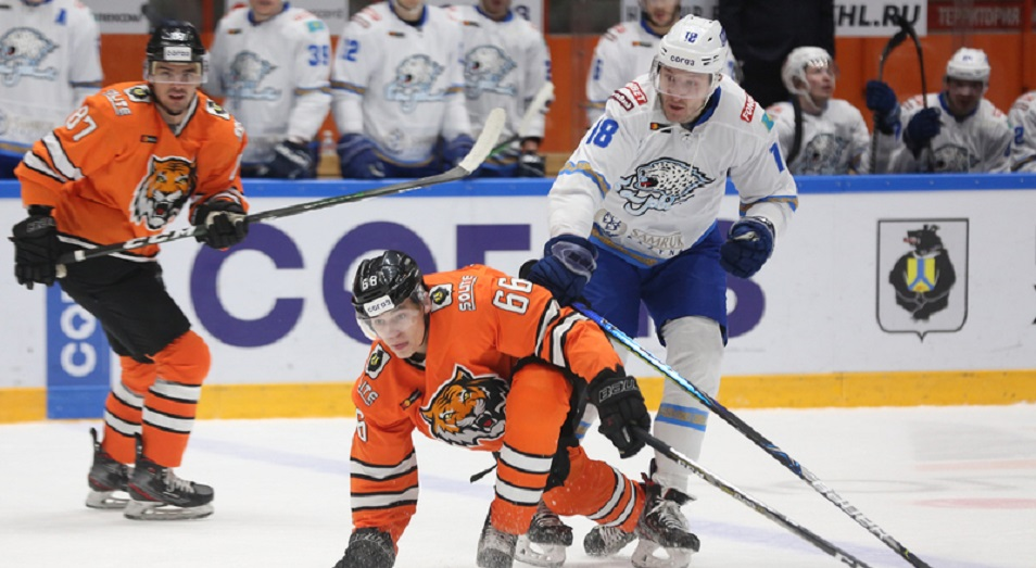 «Барыс» выиграл в ледовом побоище в Хабаровске