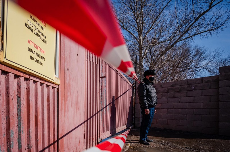 В Нур-Султане 15 подъездов разных ЖК взяты на карантин