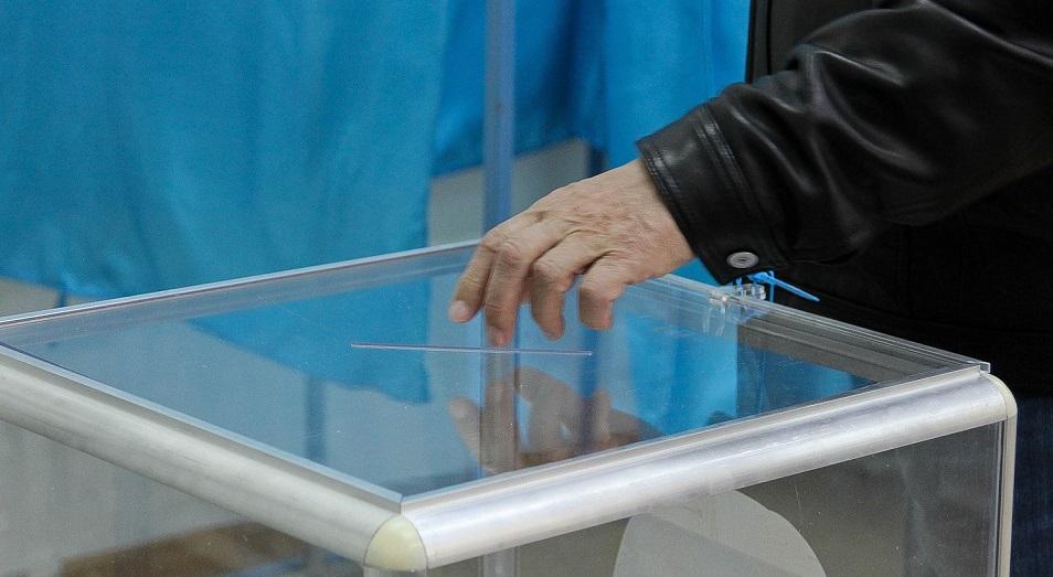 Выборы-2019: Мырзатай Жолдасбеков и Ерден Кажибек вошли в комиссию ЦИК