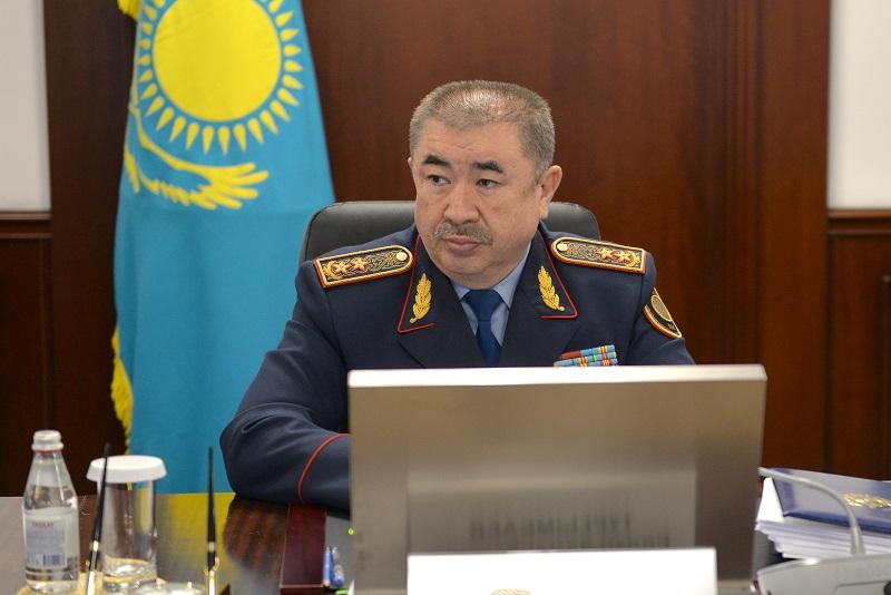 Глава МВД лично проинспектировал блокпосты вокруг столицы
