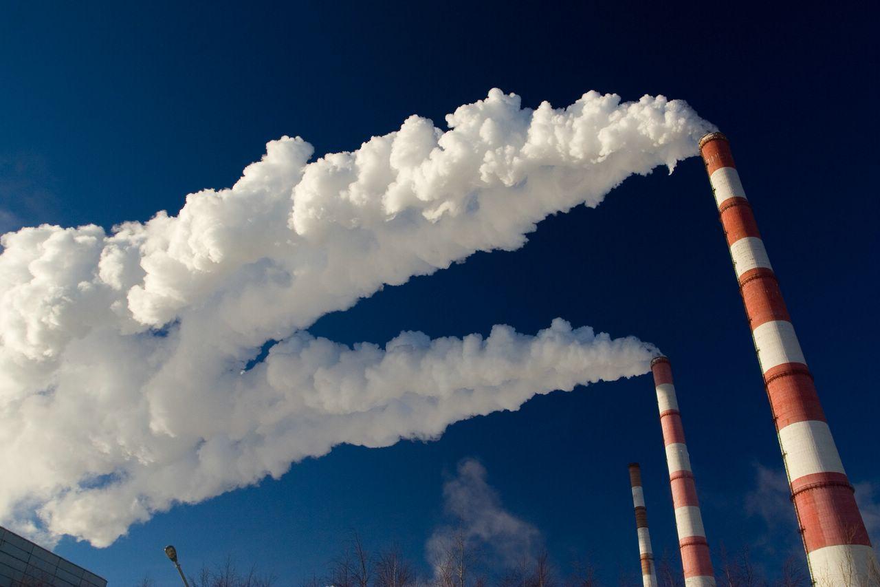 Власти Мангистауской области планируют отслеживать источники загрязнения на предприятиях с воздуха