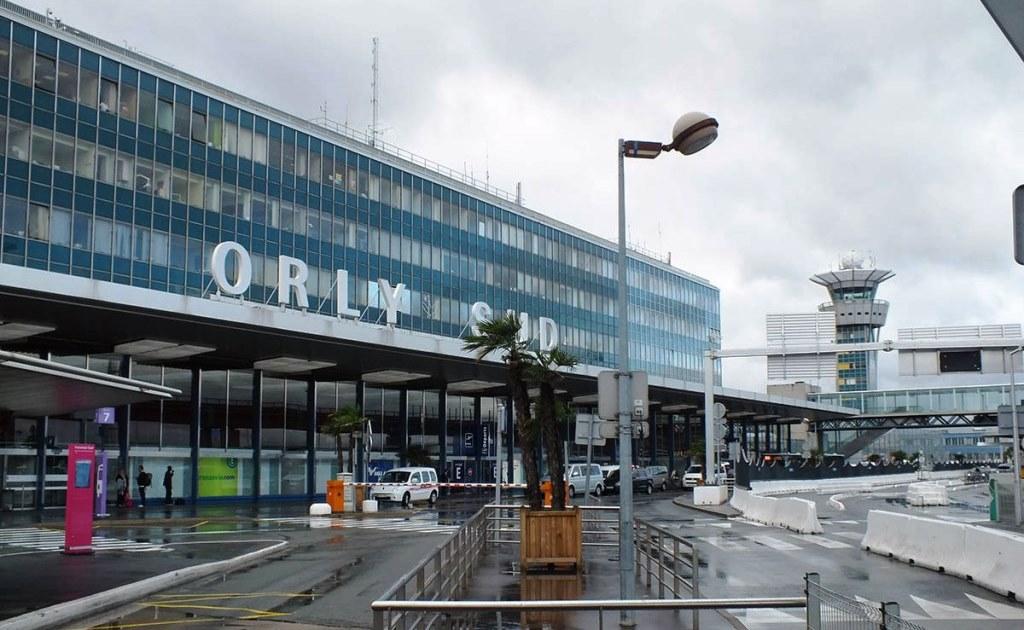 Пассажиропоток аэропортов Парижа упал на 60% в 2020 году
