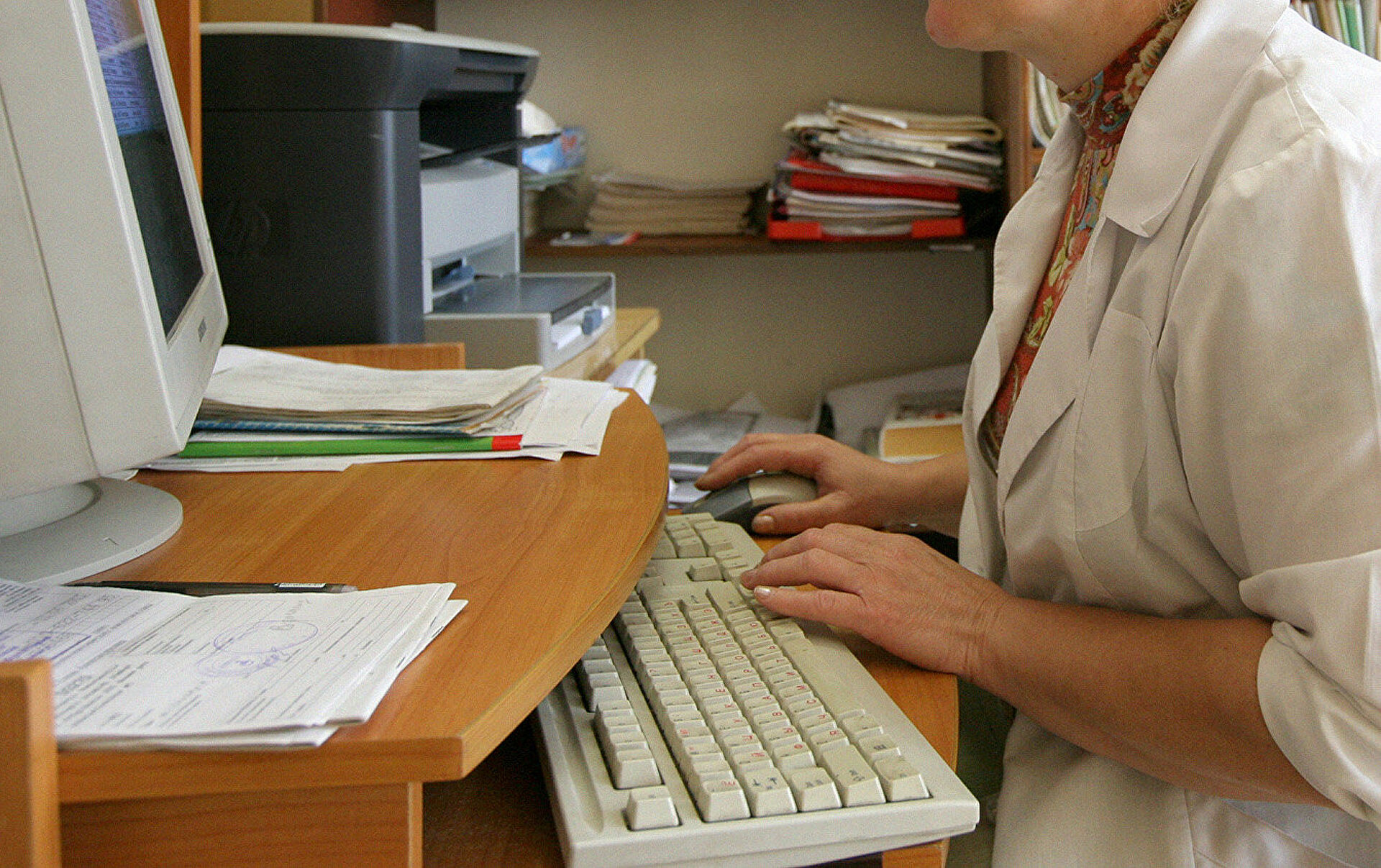 Во многих клиниках используют морально устаревшие компьютеры – мажилисмен