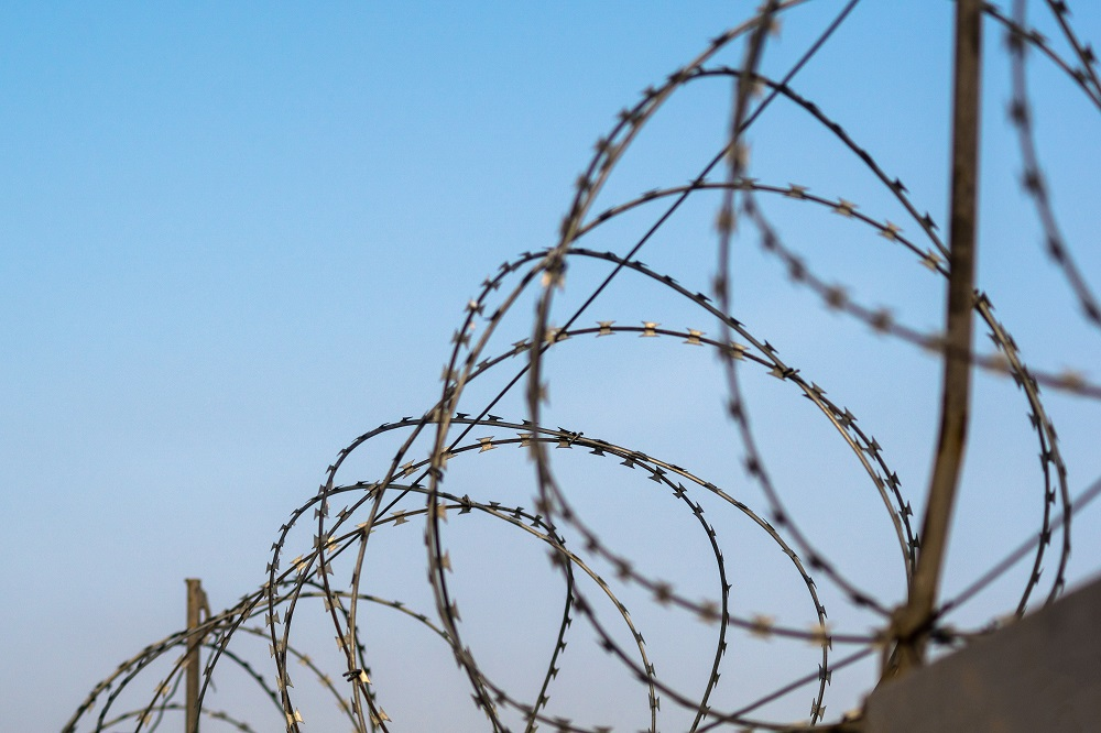 Шантажист, пытавшийся заработать на компромате, получил тюремный срок