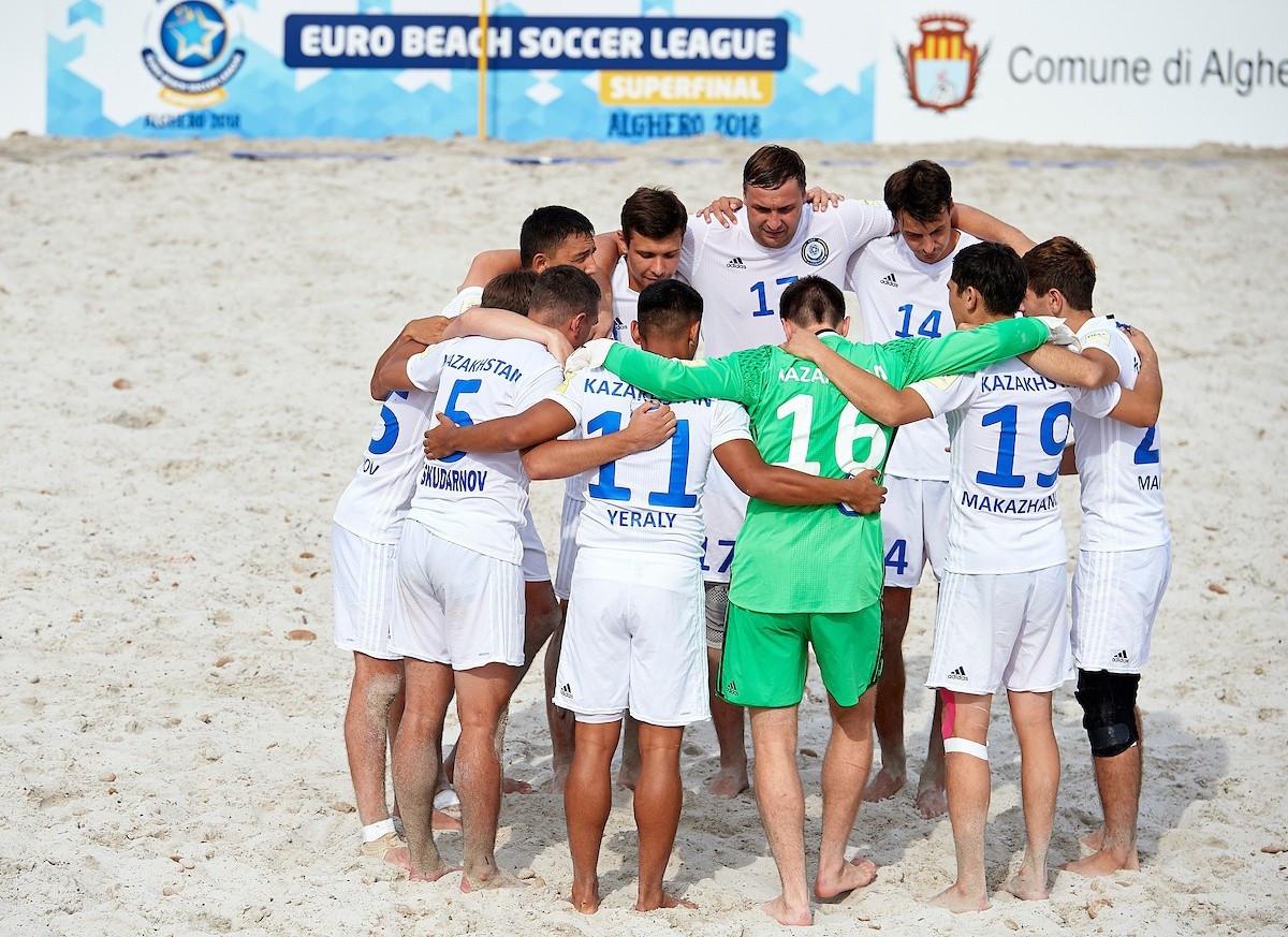 Команда Казахстана по пляжному футболу уступила Дании в матче отбора на ЧМ-2021