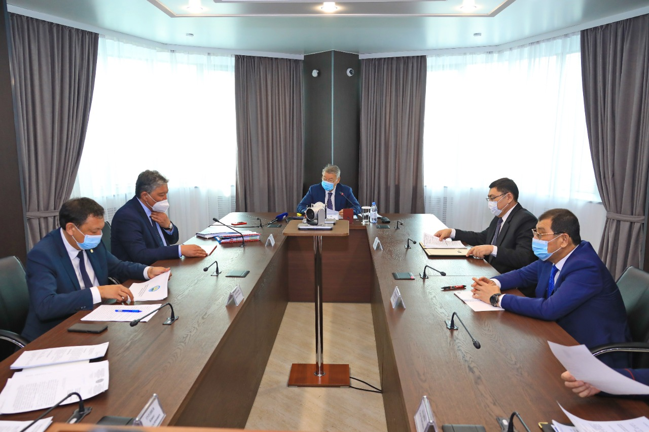 Три города в Восточном Казахстане вошли в красную зону по КВИ