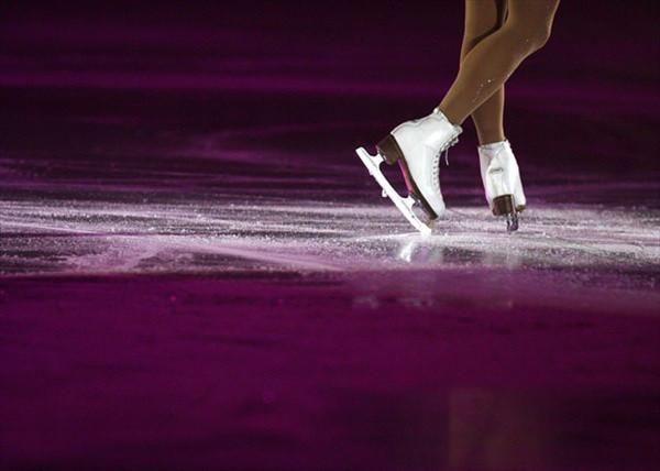 В Алматы стартует соревновательная программа чемпионата Казахстана по фигурному катанию