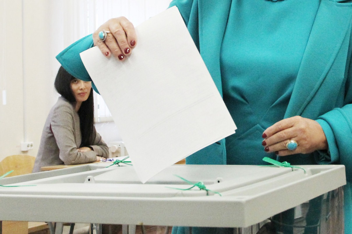 ЦИК РК рекомендовал партиям включить в списки кандидатов в депутаты людей с ограниченными возможностями