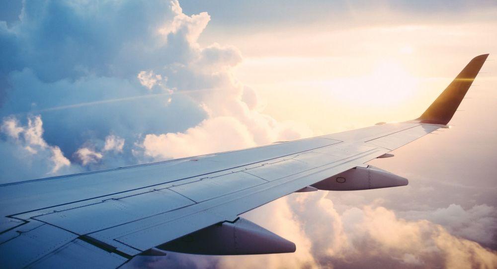 В Индонезии диспетчеры потеряли связь с пассажирским Boeing