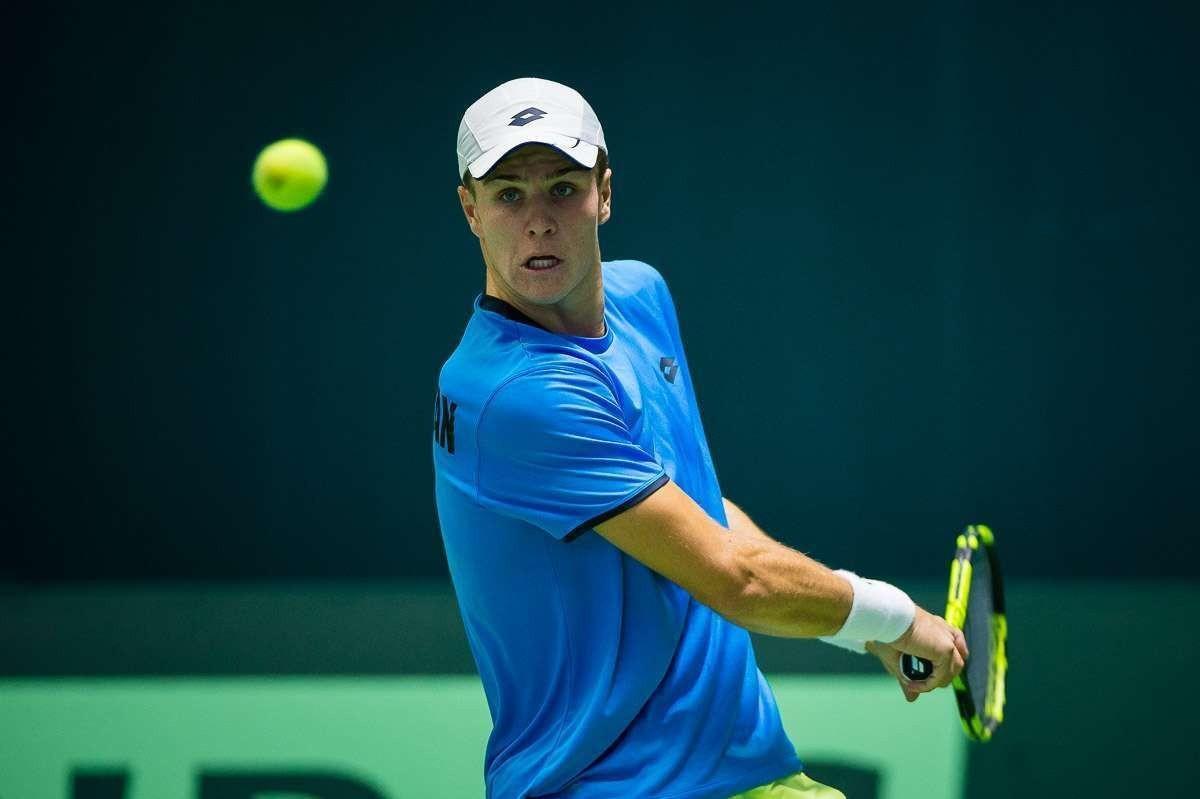 Теннисист Дмитрий Попко принимает участие в выставочном турнире в США