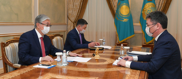 Касым-Жомарт Токаев принял министра труда и соцзащиты