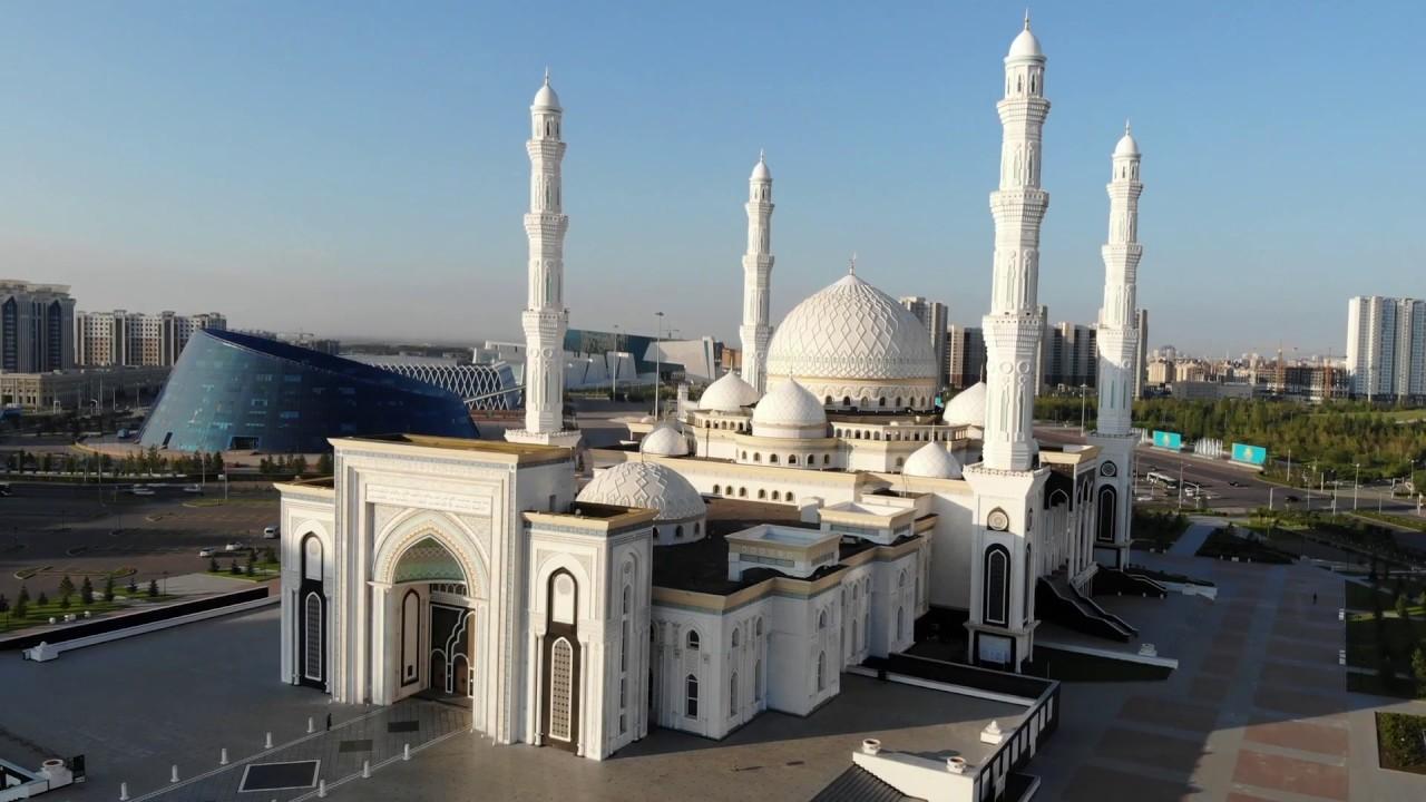 Мусульмане Казахстана отмечают окончание священного месяца Рамазан
