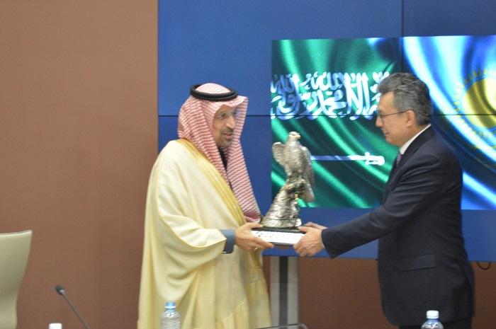 Бақыт Сұлтанов Сауд Арабиясы Корольдігінің Инвестиция министріне өзара тиімді ынтымақтастықты ұсынды
