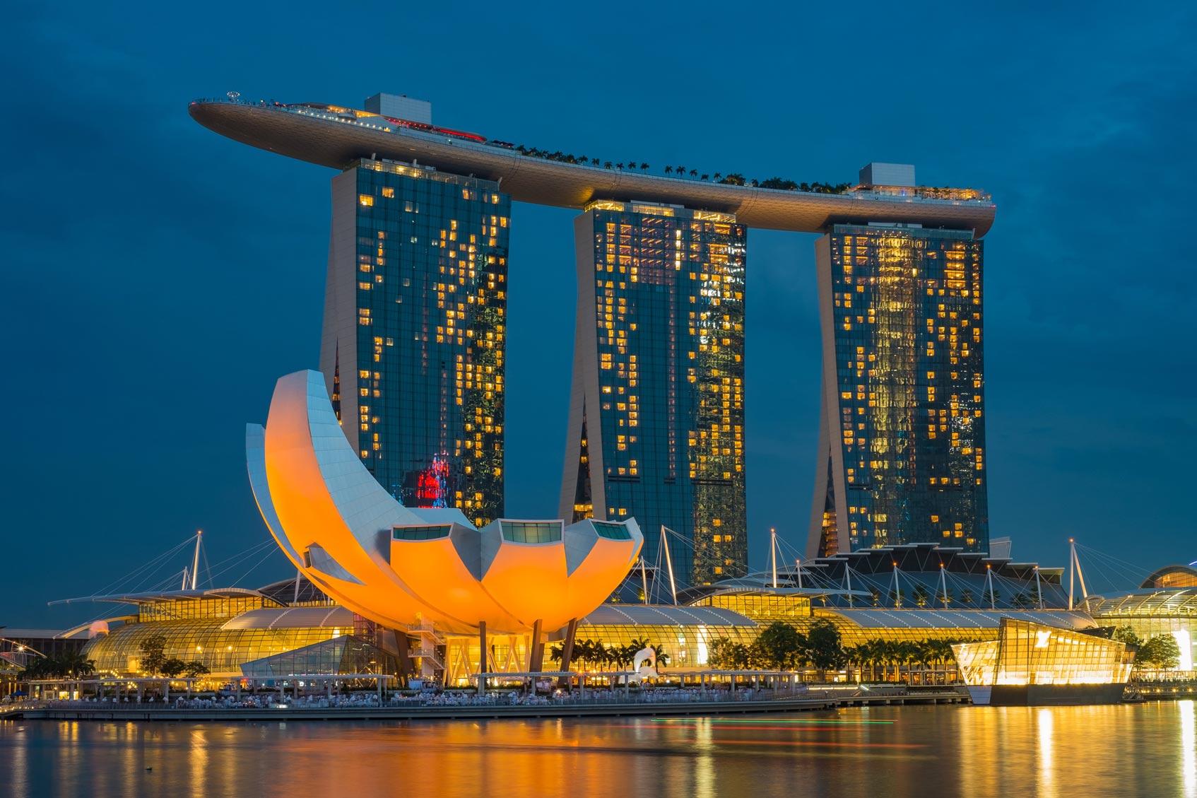 Власти Сингапура выдали лицензии на открытие цифровых банков