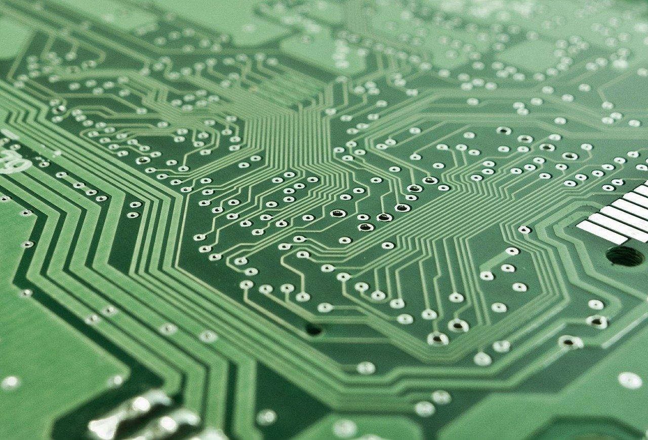 Когда в Северо-Казахстанской области локализуют собираемые там компьютеры?