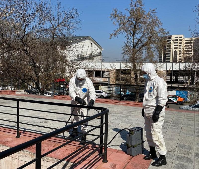 В Алматы заблокированными остаются 38 очагов коронавируса