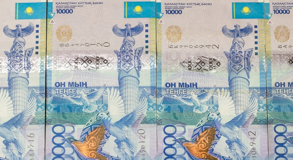 Аким Умирзак Шукеев лично раздал деньги, выделенные российским бизнесменом Алишером Усмановым