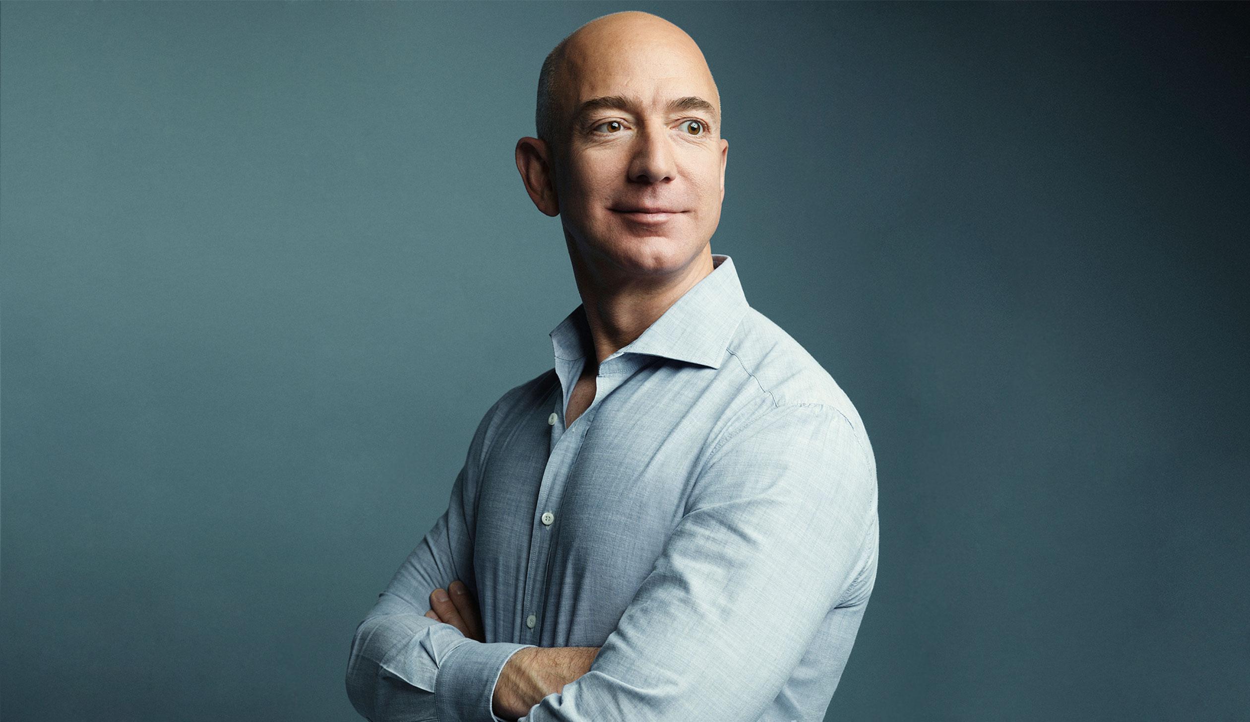 Кто занимает первую строчку в рейтинге богатейших людей мира