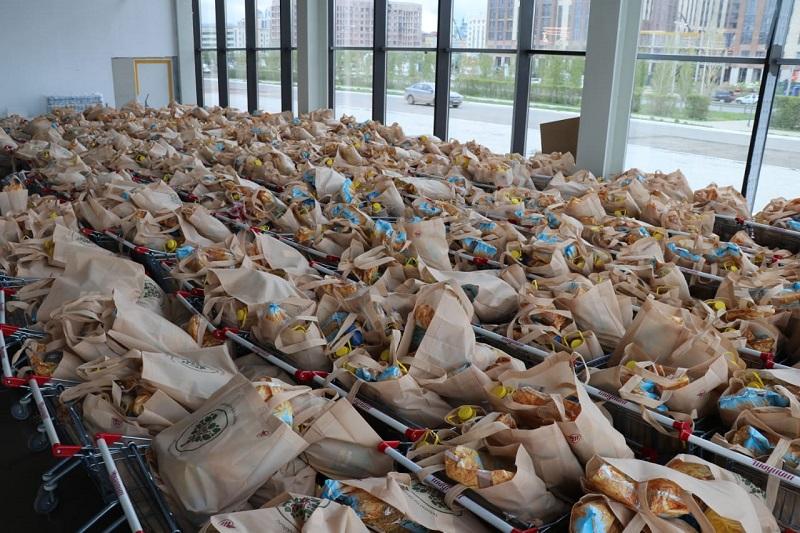 Из Нур-Султана в Туркестанскую область направлено более 40 тонн гуманитарной помощи
