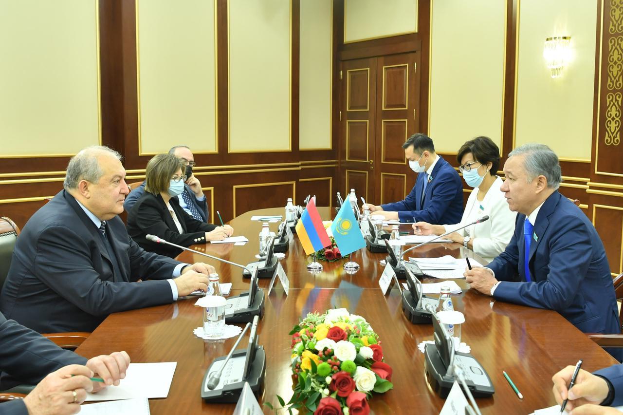 О чем говорил Нурлан Нигматулин с президентом Армении