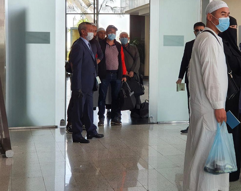 Военной авиацией РК из Саудовской Аравии в Актау эвакуированы более 30 граждан