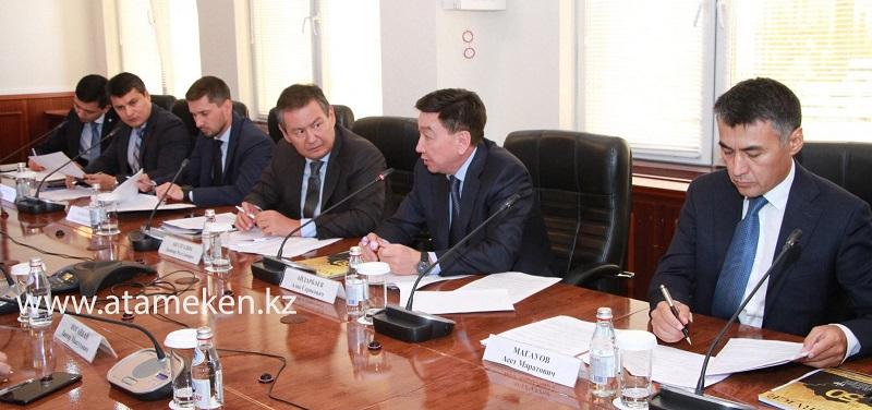 Дорожную карту по продлению жизни нефтяных месторождений намерены создать в Казахстане