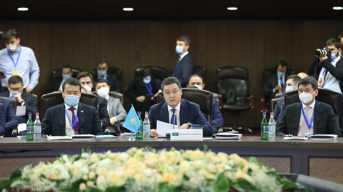 Аскар Мамин выступил с инициативами по укреплению конкурентоспособности ЕАЭС