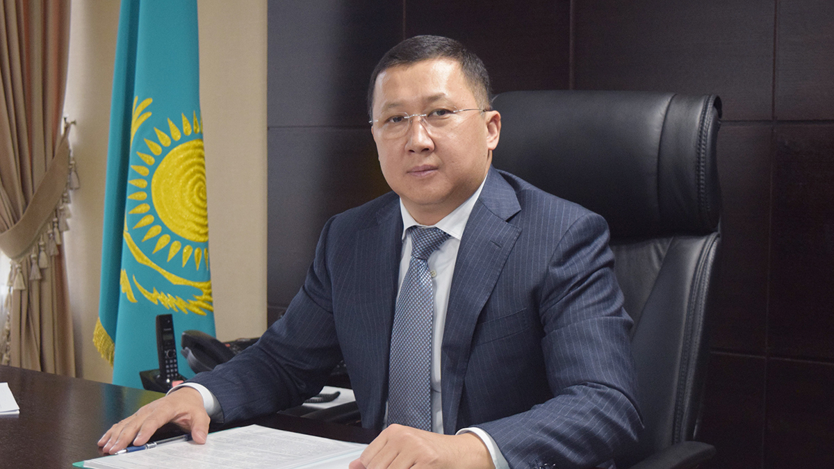 Али Алтынбаев назначен председателем комитета госдоходов МФ РК