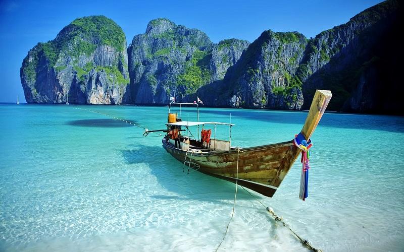 Казахстанский туроператор приостановил поездки в Таиланд